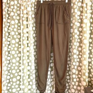 Flowy olive pants - stretch waist ruched ankles